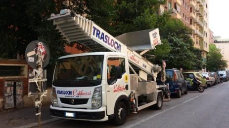 Autoscale Usate Per Trasporti Traslochi Ed Edilizia Roma