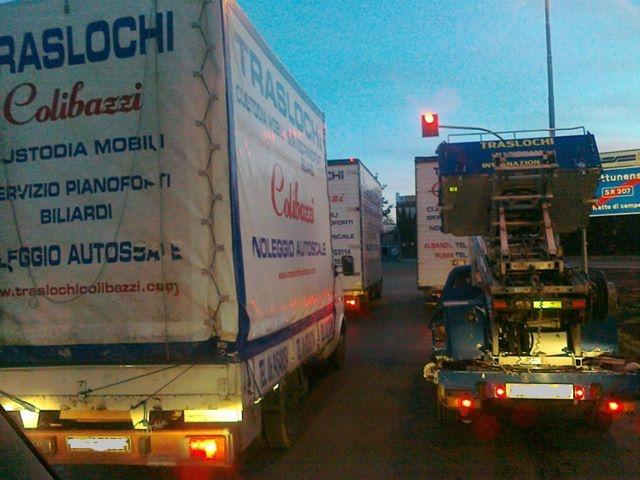 Ditta TRASLOCHI A ROMA - Trasporto Pianoforti Biliardi Roma